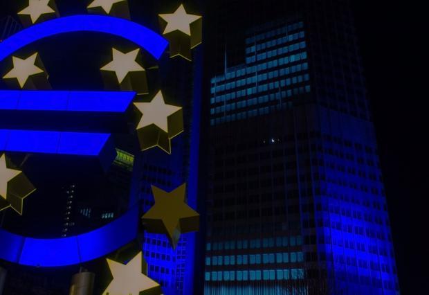 euro_central_bank_frankfurt_european_central_bank_ecb_skyscraper_luminale-814214.jpg