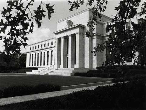 US_Federal_Reserve_Eccles_Building_1937_0.jpg